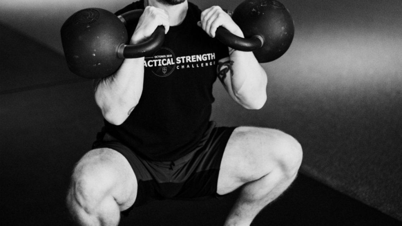 kettlebell-front-squat-bandw